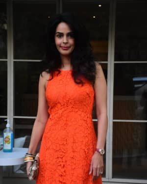 Mallika Sherawat - Photos: Celebs Spotted At Bandra | Picture 1765593