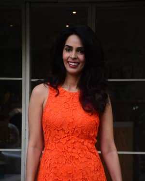 Mallika Sherawat - Photos: Celebs Spotted At Bandra | Picture 1765594