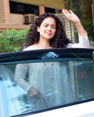 Kangana Ranaut - Photos: Celebs Spotted At Juhu