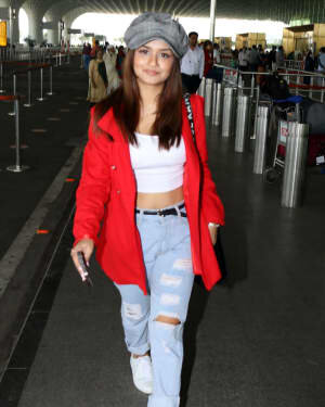 Avneet Kaur - Photos: Celebs Spotted At Airport | Picture 1769417