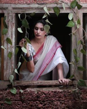 Deepa Thomas Latest Photos   Picture 1770369