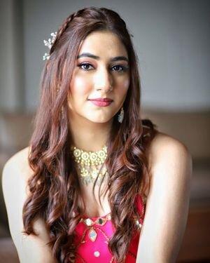 Disha Parmar Latest Photos