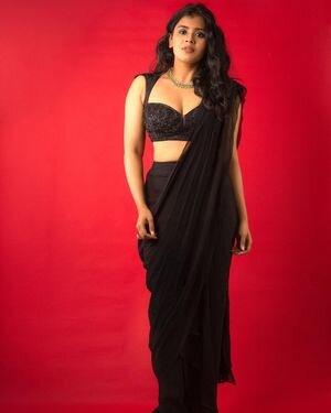 Hebha Patel Latest Photos