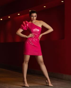 Mannara Chopra Latest Photoshoot | Picture 1805425